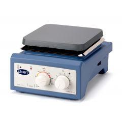 Agitator magnetic Stuart Undergrad cu incalzire, 2000 RPM